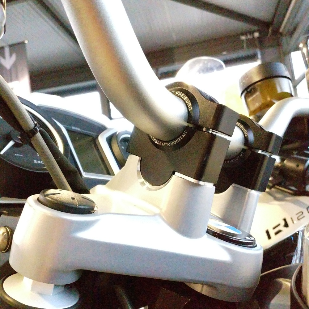 Universal risers for 26,8mm handlebars